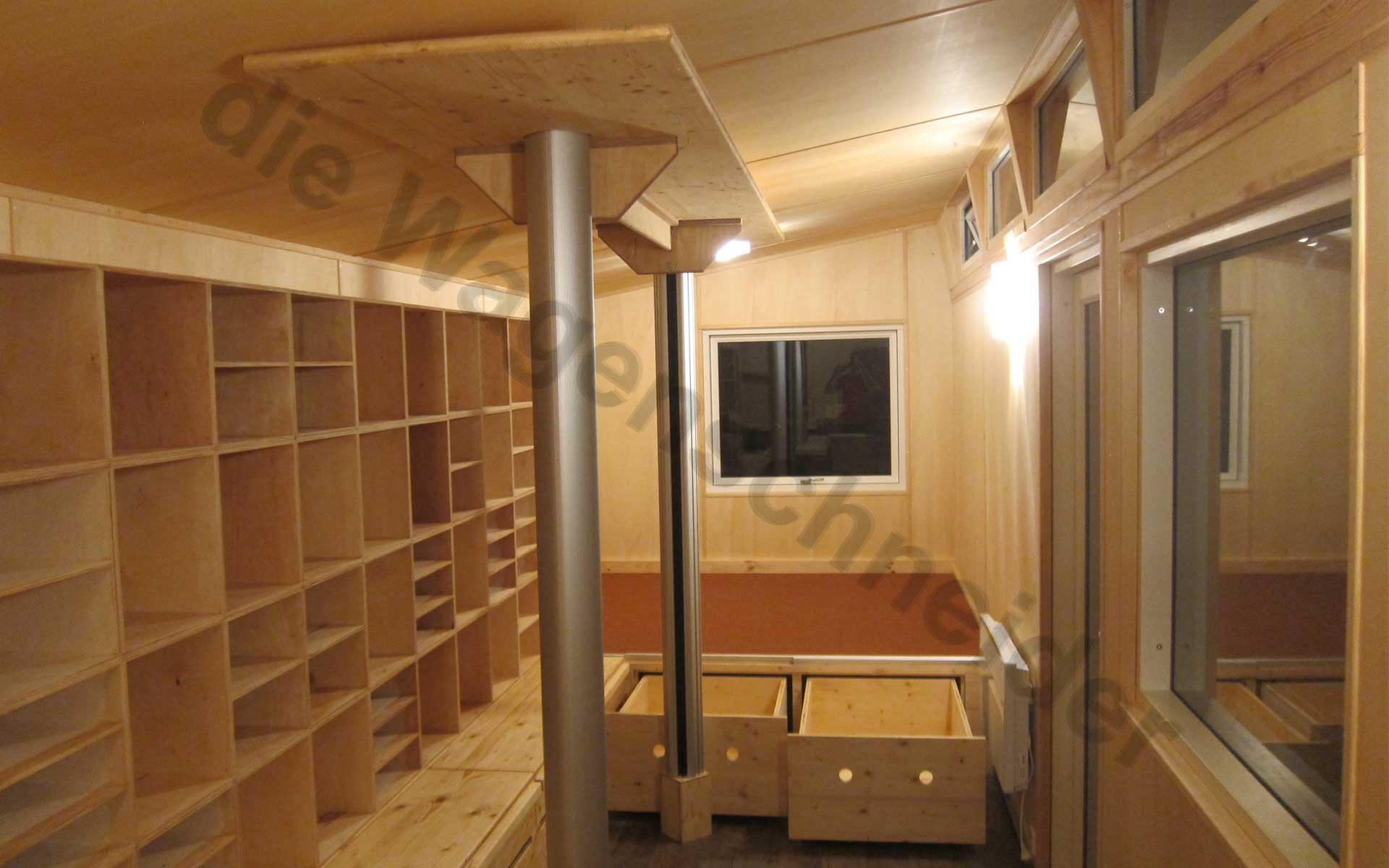 hort im zirkuswagen die wagenschneider. Black Bedroom Furniture Sets. Home Design Ideas